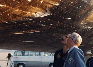 space shuttle atlantis tile damage - photo #12