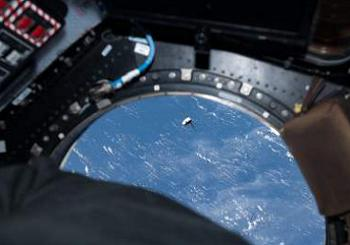 Exclusive CRS-2 SpaceX Dragon image from the 800mb collection in L2
