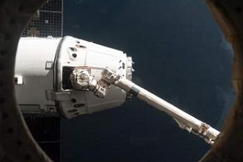 CRS-2 Dragon Berths - via L2's hundreds of unreleased CRS-2 hi res images