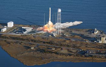 Antares as it will look during lift off