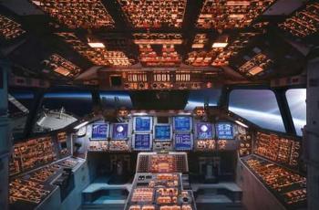 2014-11-08 14_22_30-Shuttle Flight Deck - Google Search