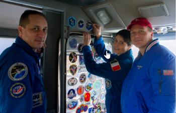 2014-11-23 19_21_36-LIVE_ Soyuz-FG launch with Soyuz TMA-15M - November 23, 2014