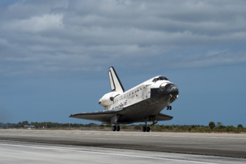 2014-12-01 22_36_12-STS-133 landing - Google Search
