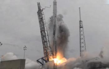 2015-01-06 00_40_52-SpaceX Webcast - CRS3 Falcon 9 (landing legs) Launch Success! April 18, 2014 - Y