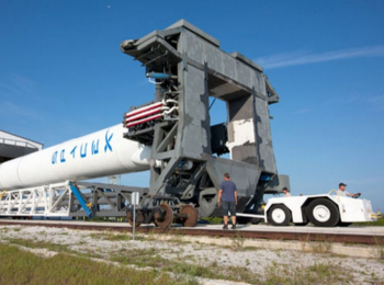 2015-01-31 21_25_20-spacex Transport Erector - Google Search