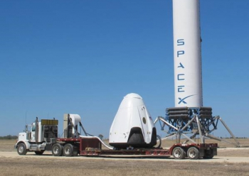 Développement de la capsule Dragon 2 - SpaceX - Page 6 2015-10-20-150534-350x248