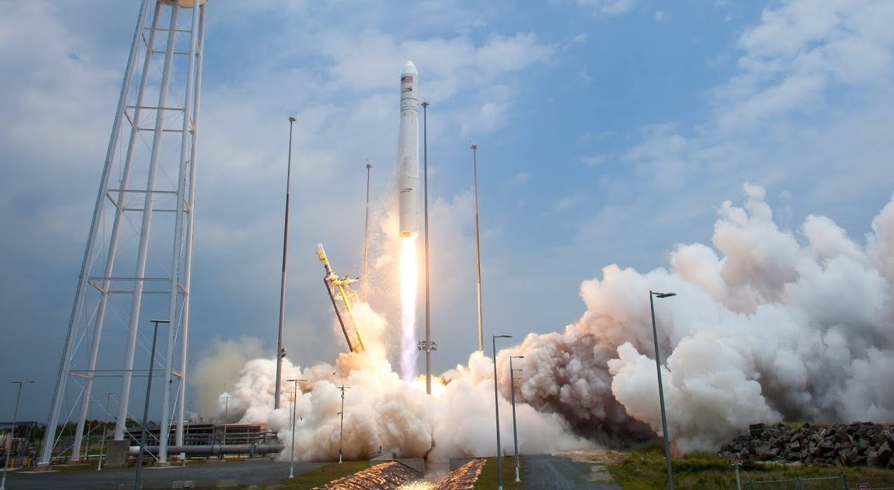 beginning the companyu0027s CRS 8 Commercial Resupply