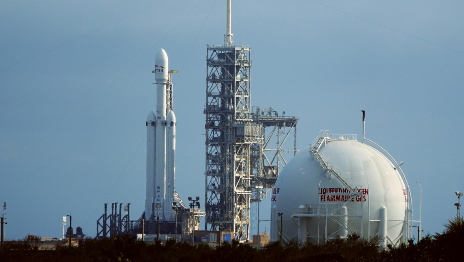 Falcon Heavy Preparing For Static Fire Test