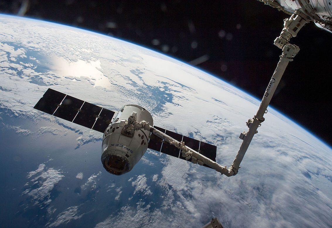 SpaceX's Dragon Cargo Spacecraft Successfully Returns With Heavy NASA Payload