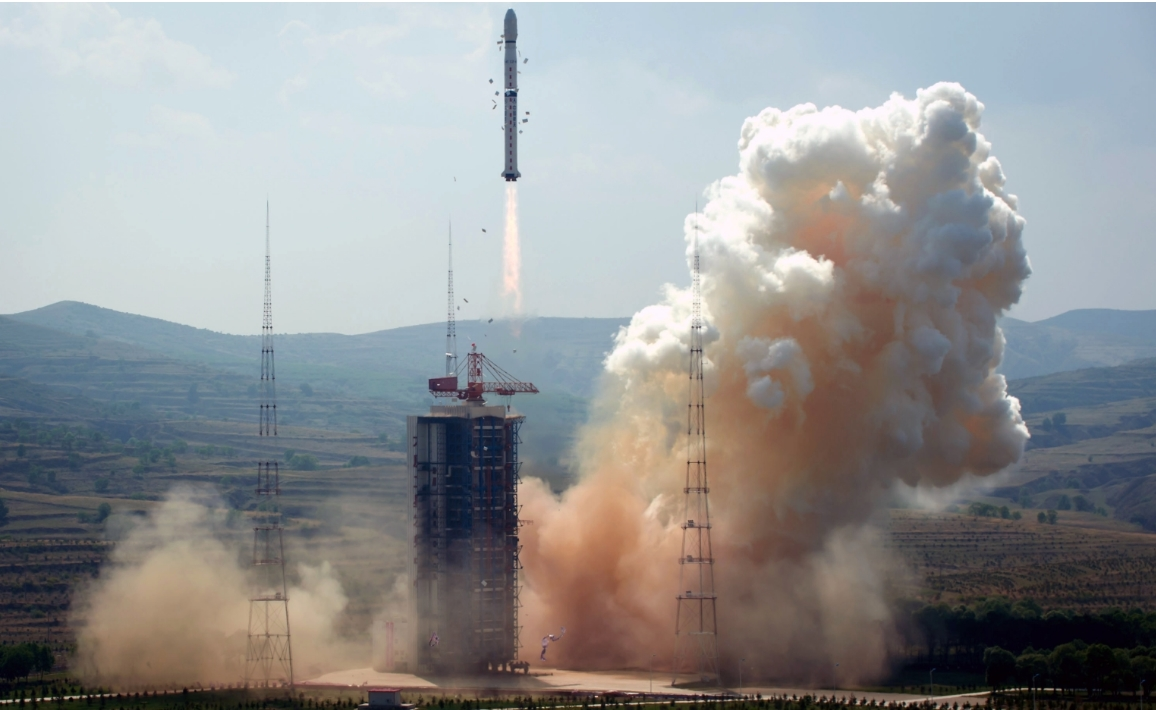 China launches Gaofen-5 hyperspectral imaging satellite for atmospheric research
