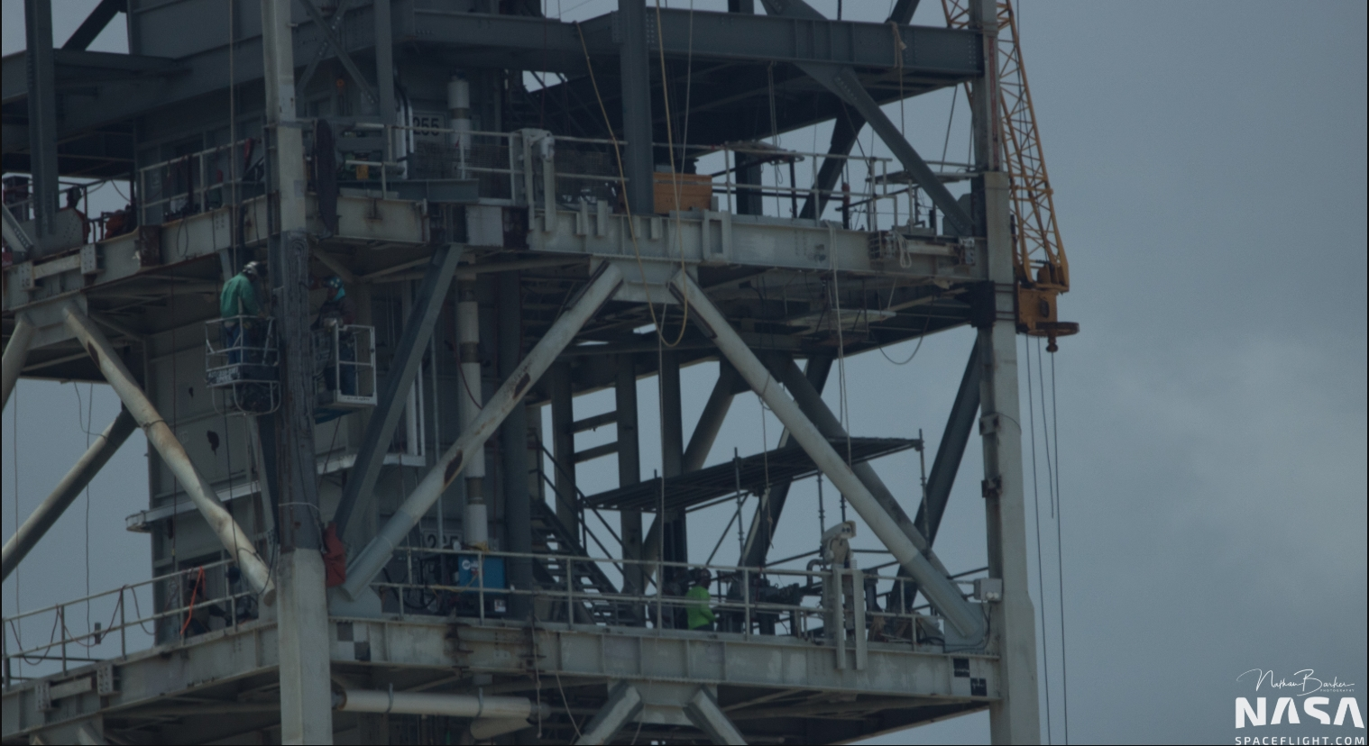 SpaceX's Pad 39A undergoing upgrades for Dragon 2 crew ...
