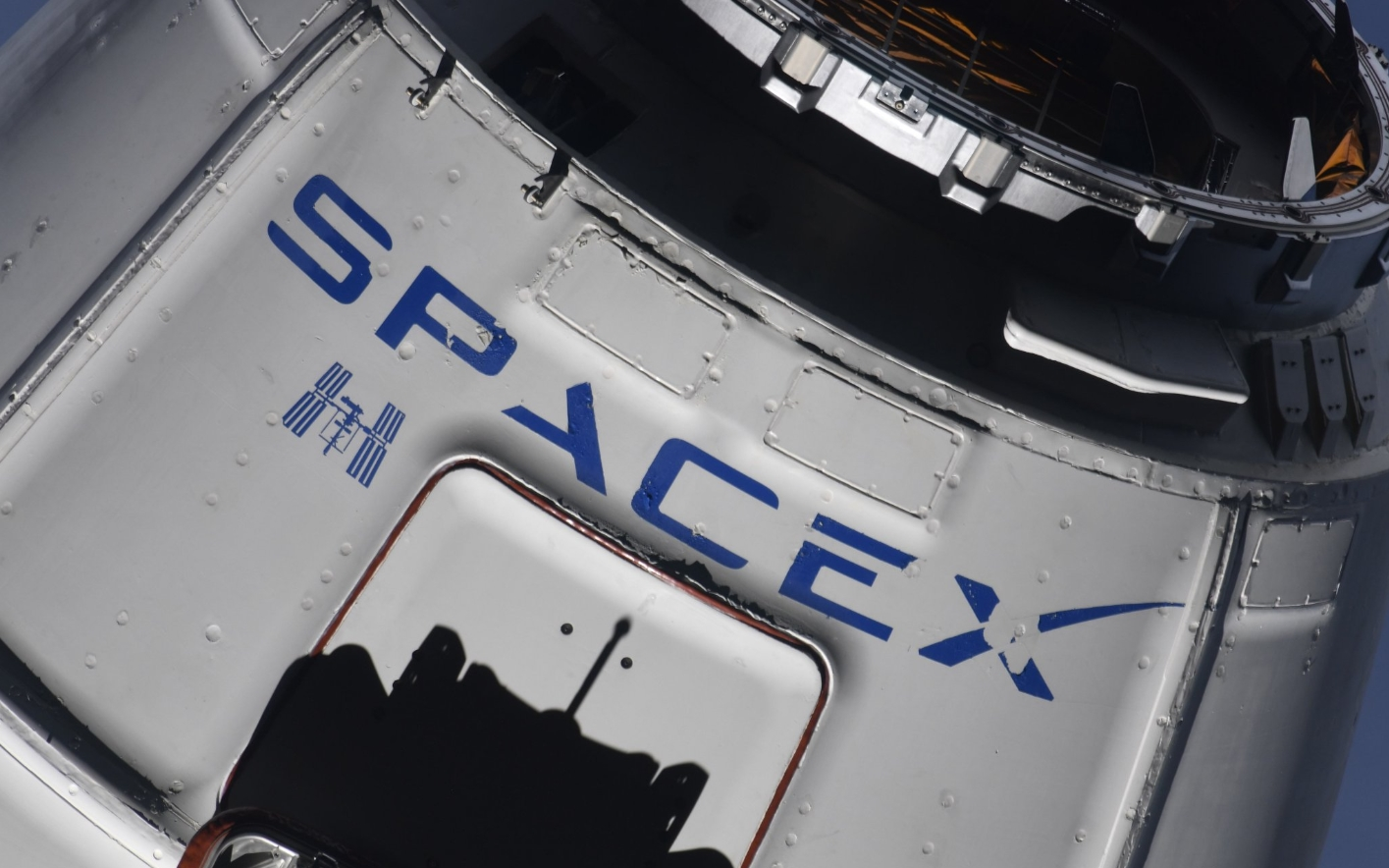 SpaceX Will Fly Astronauts Before Boeing