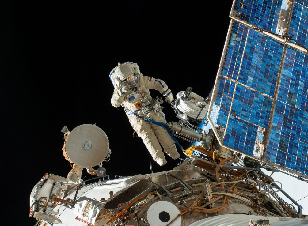 Cosmonauts examine 'mysterious hole' on ISS spacewalk