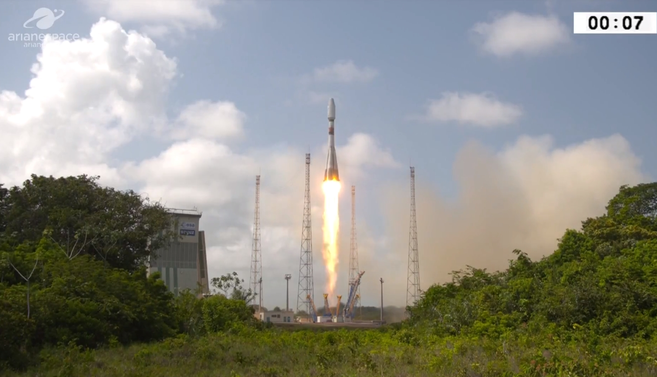 Arianespace Soyuz ST-A launches with CSO-1