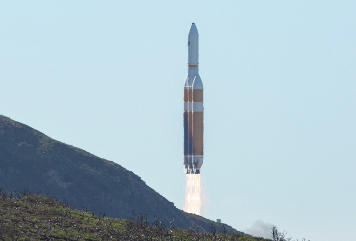 Ula Delta Iv Heavy Launches Nrol 71 Following Lengthy Delay
