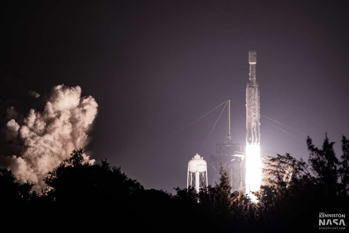 SpaceX completes most-challenging flight with Falcon Heavy's STP-2