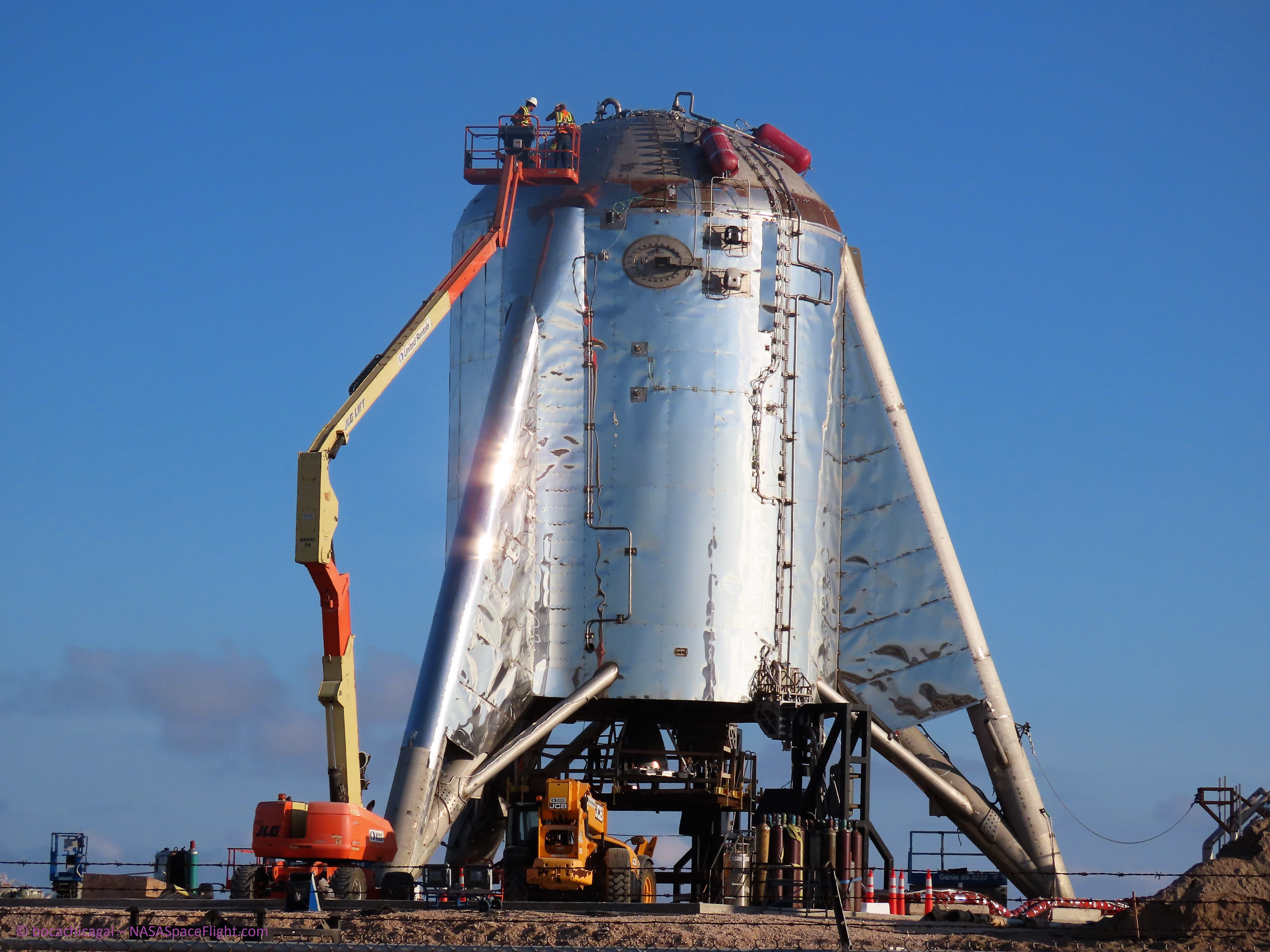 SpaceX readying Starhopper for hops in Texas as Pad 39A