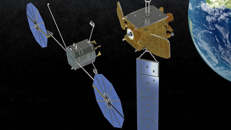 Northrop Grumman makes history, Mission Extension Vehicle docks to target satellite - NASASpaceflight.com