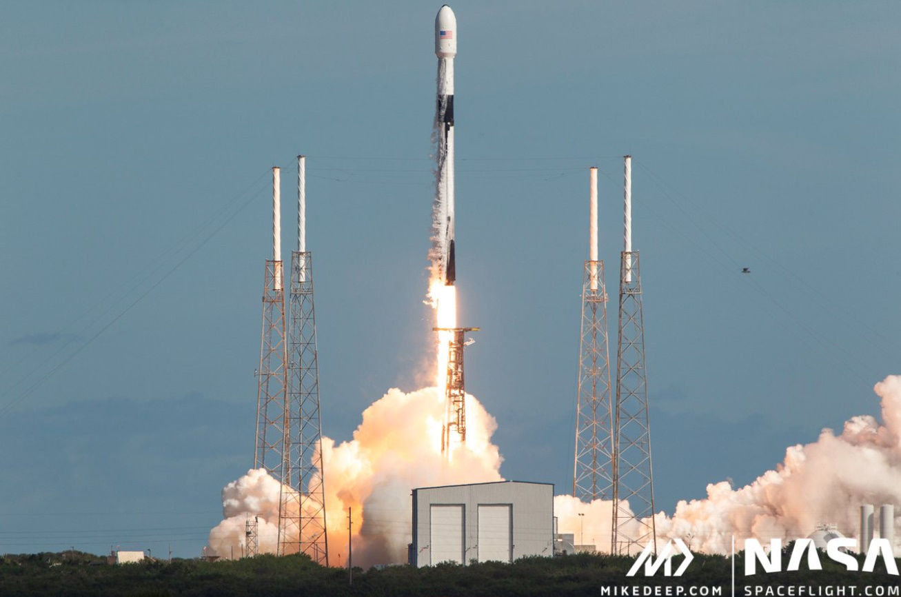 SpaceX is the new king of commercial satellites