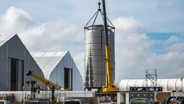 SpaceX beginning final assembly of Starship SN1 ahead of roll to the pad - NASASpaceflight.com