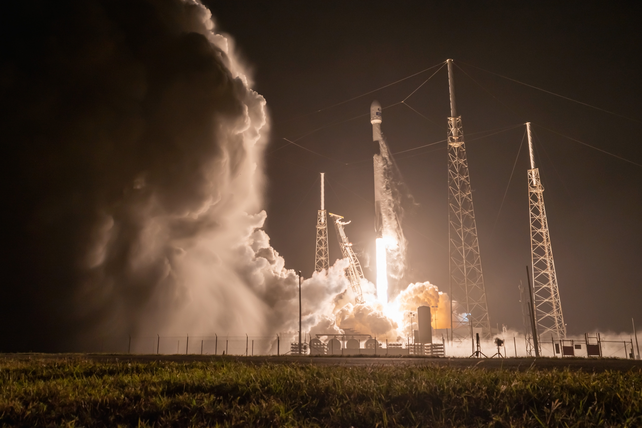 SpaceX botches 50th Falcon rocket booster landing