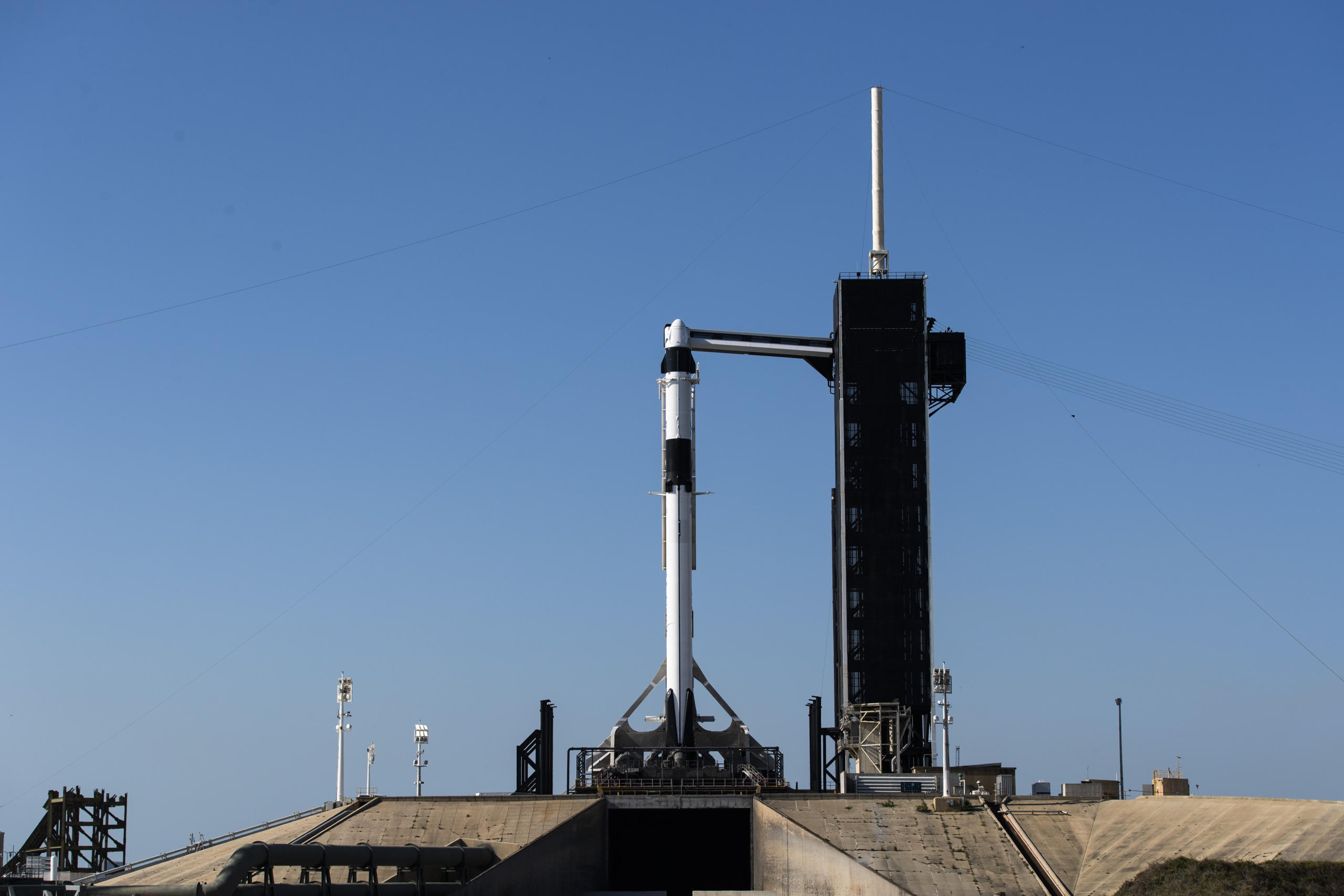 SpaceX, Falcon 9 for Demo-2 mission ready for critical static fire