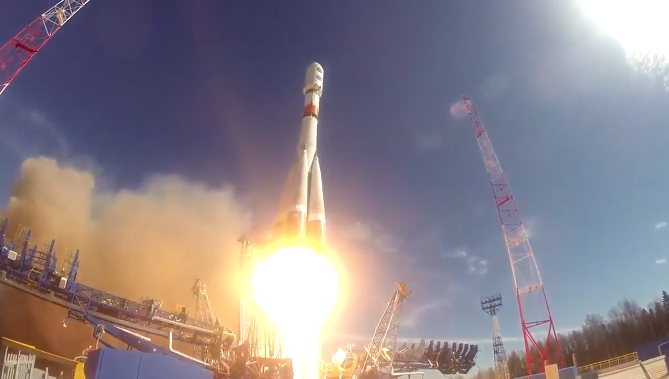 Russia's Soyuz-2-1b launches missile detection satellite