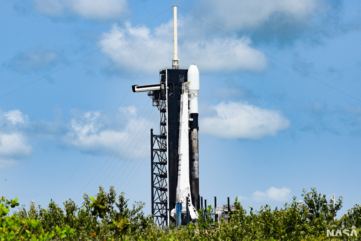 SpaceX scrubs Starlink v1.0 L9 mission - NASASpaceflight.com