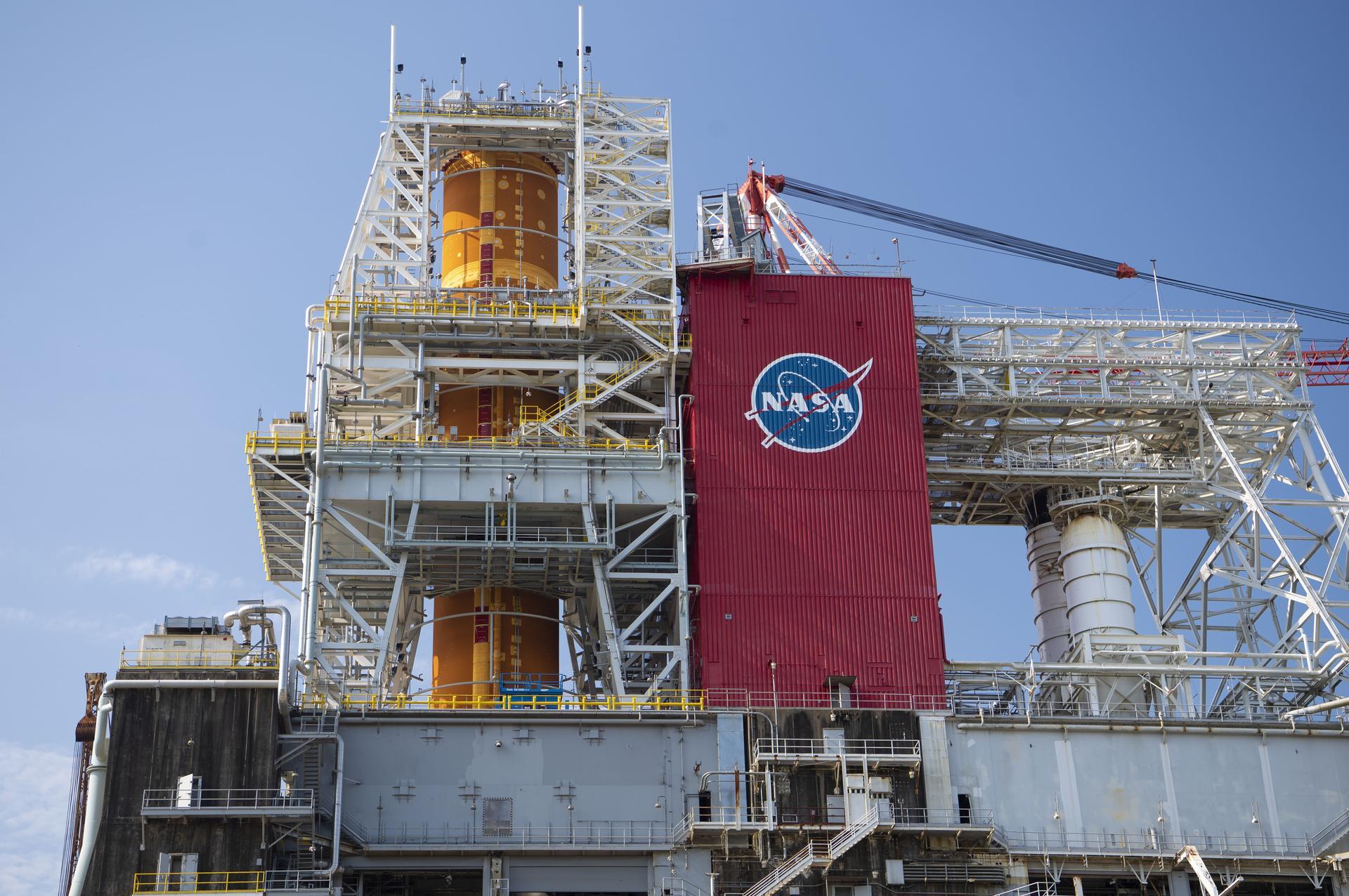 SLS Green Run test-firing to verify Core Stage design, analysis before first launch - NASASpaceflight.com