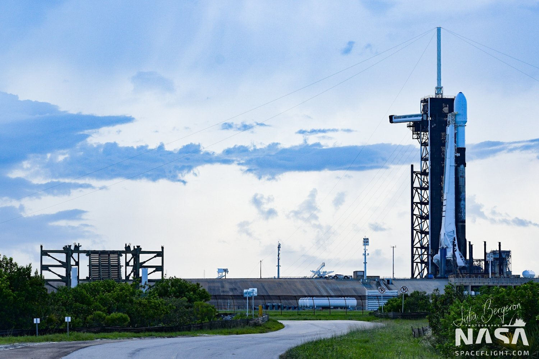 SpaceX postpones first Super Sunday flight due to weather