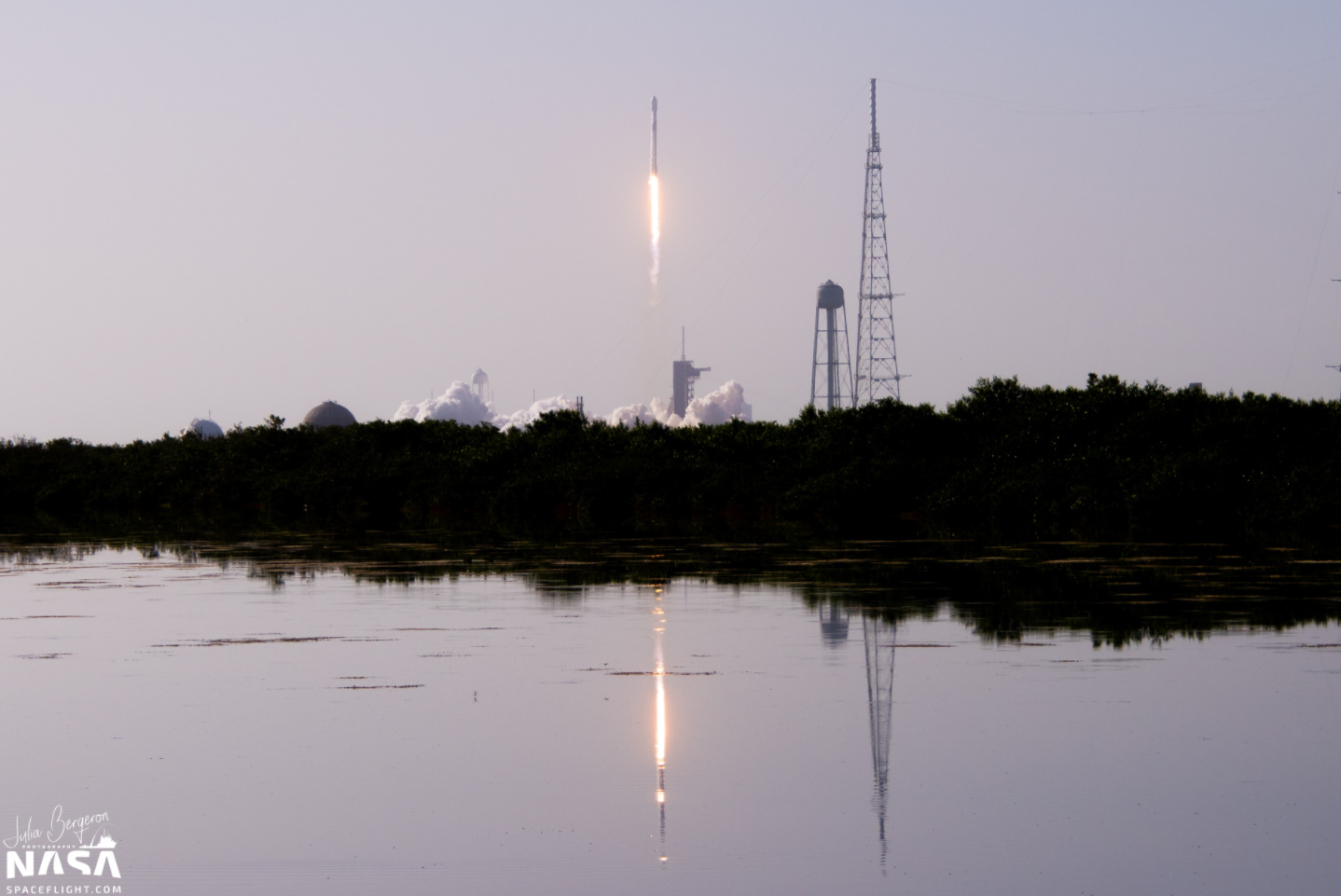 SpaceX launches latest Starlink mission