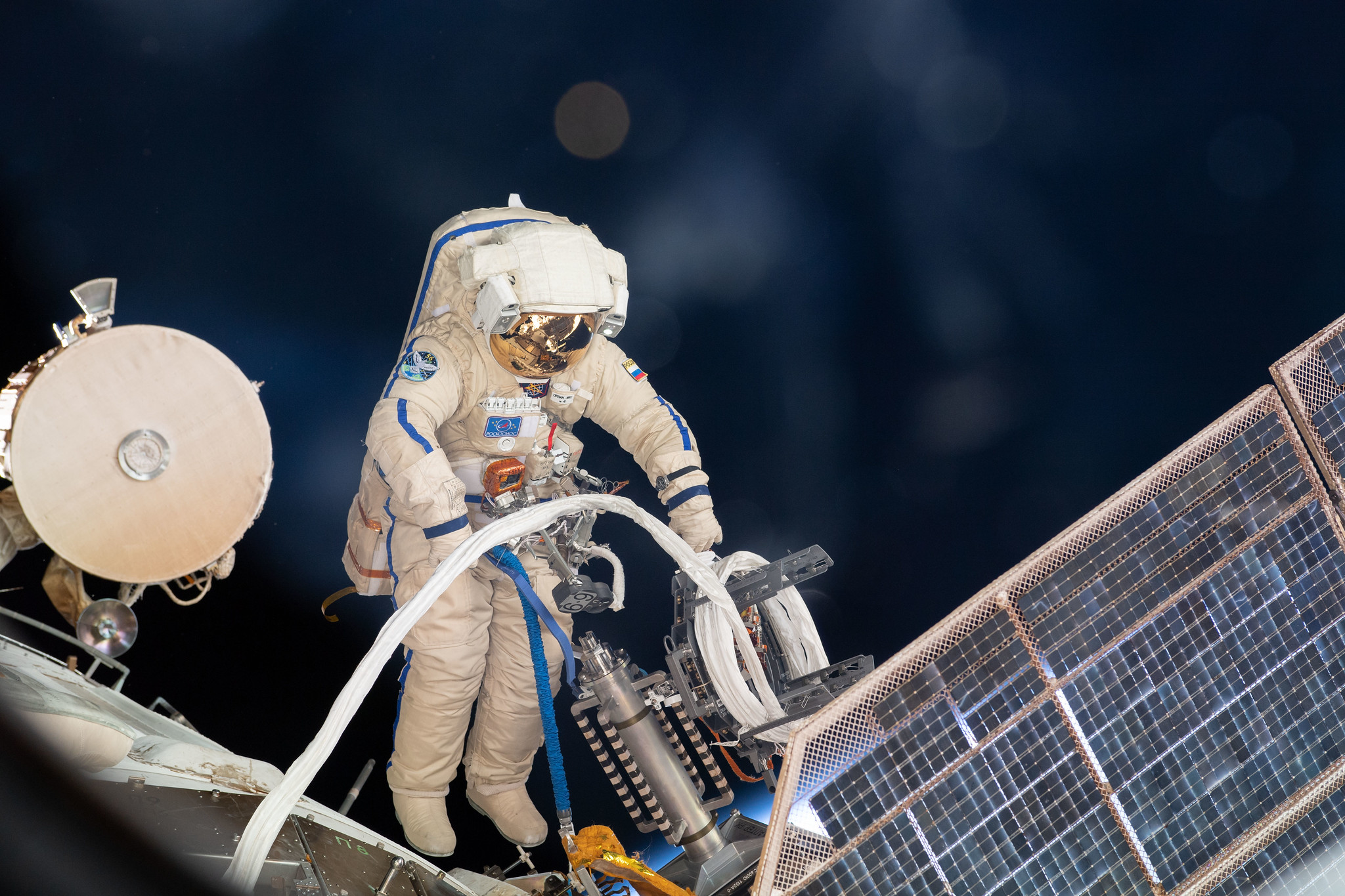 Cosmonauts complete first spacewalk to prepare for Nauka's arrival