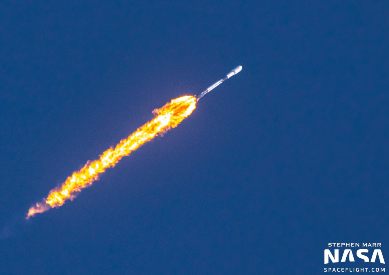 Transporter-1 debuts new SpaceX rideshare program, world record