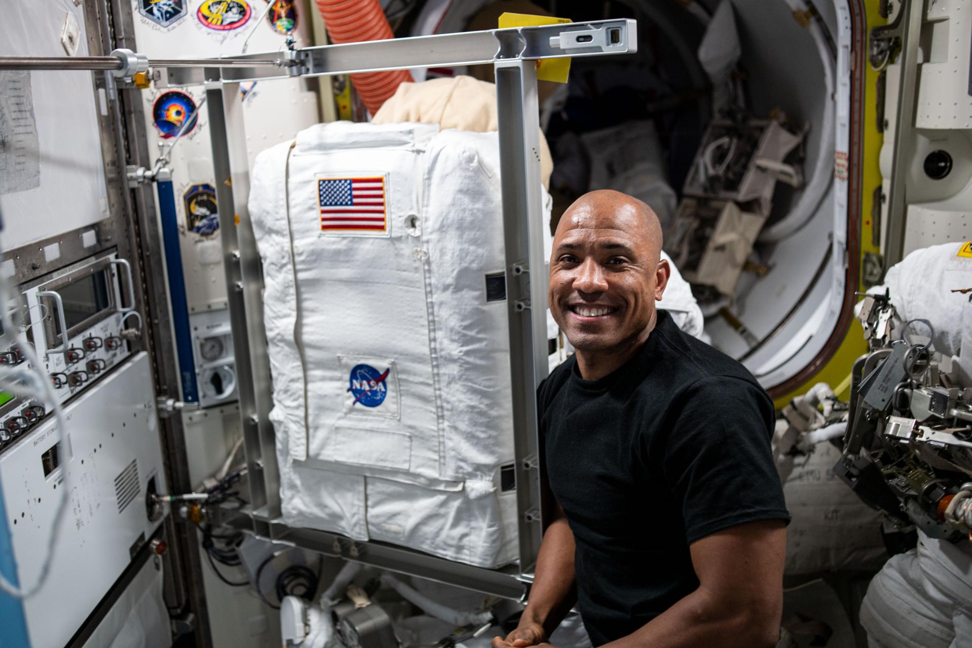 Astronauts to upgrade Columbus laboratory during spacewalk