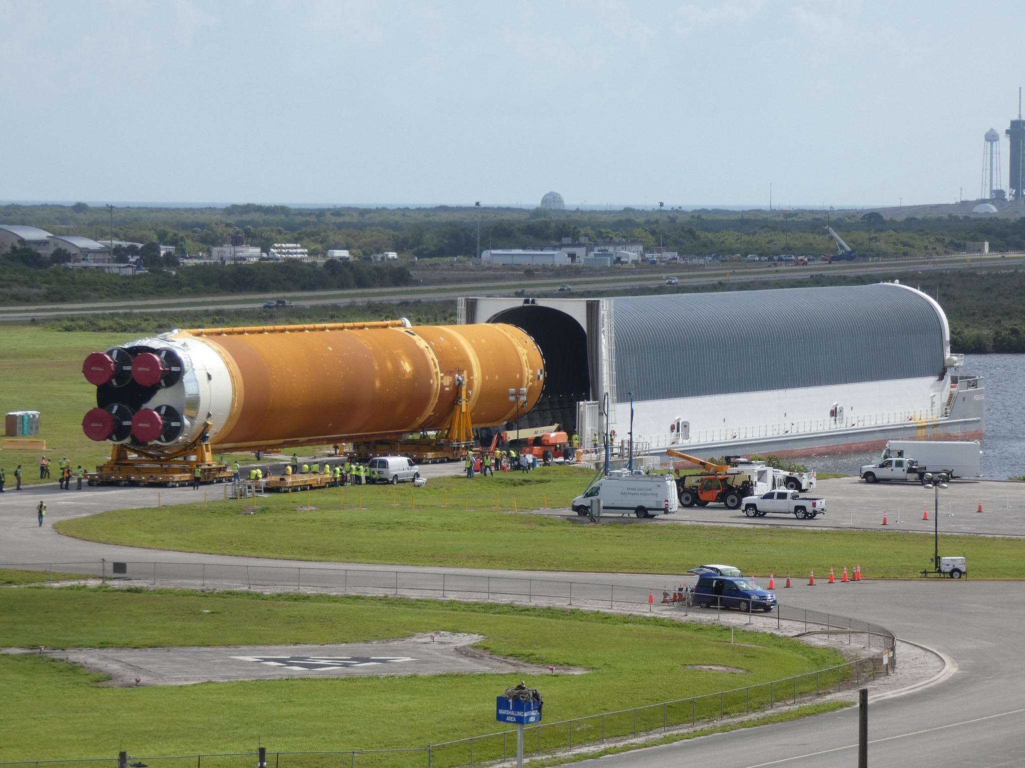 NASA EGS, Jacobs preparing SLS Core Stage for Artemis 1 stacking - NASASpaceFlight.com - NASASpaceflight.com
