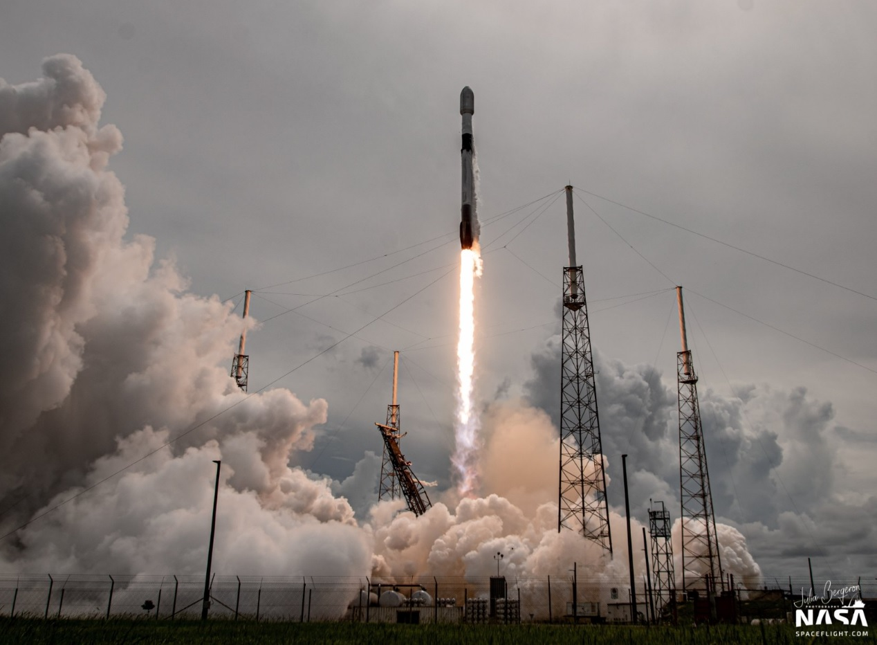 Spaceflight Inc announces rideshare mission to the moon and geostationary orbit